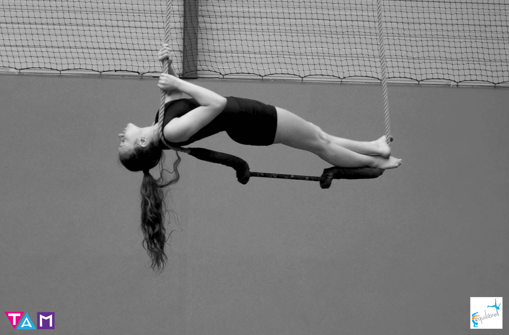 cours-cirque-enfants-equilibres-11-15-ans